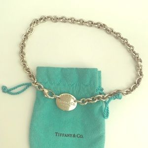 Tiffany & Co. sterling silver chain necklace w tag